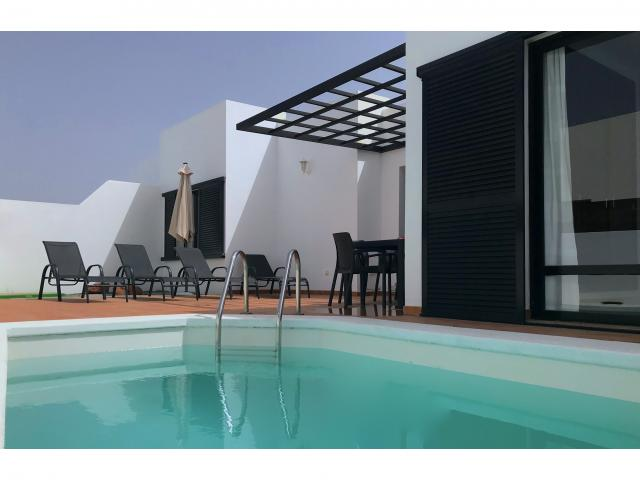 3 Bed 2 Bath Villa with Private Pool and WIFI only 20 Minutes from Marina Rubicon