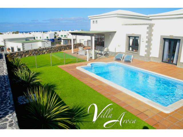 Luxury 2 bedroom villa in Playa Blanca on the beautiful island of Lanzarote. Includes private heated pool, landscaped garden with panoramic sea views.